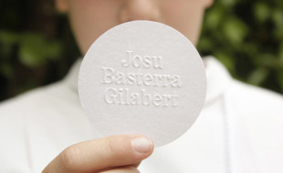 Unique Round Business Card – Josu Basterra Gilabert
