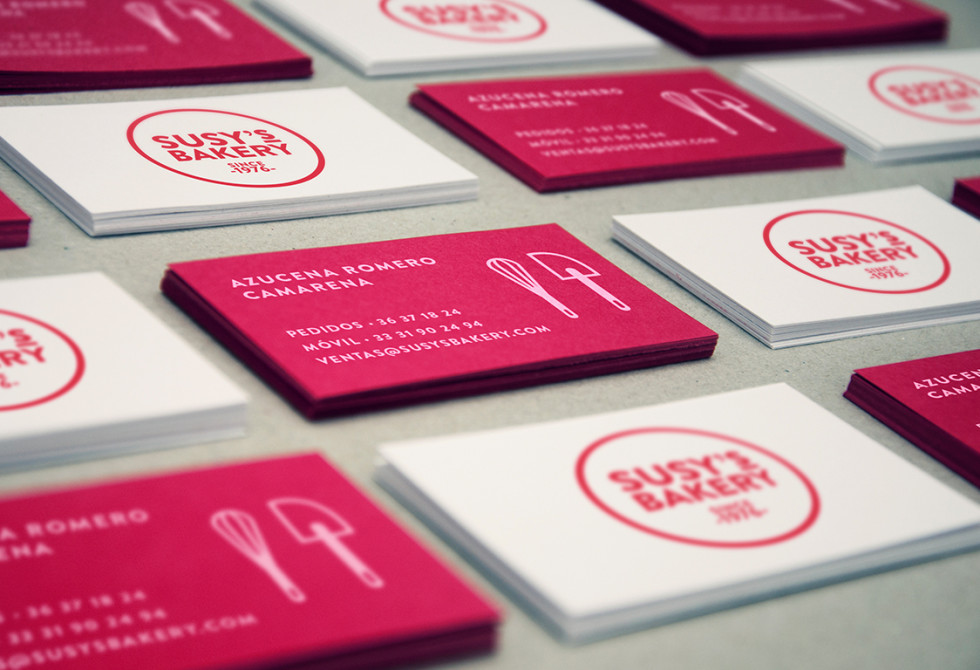 Pink Custom Business Cards – Susky's Bakery